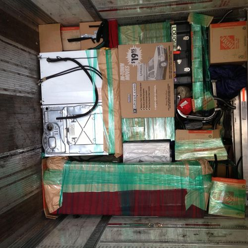 Abba Movers have the knowledge and skill to pack ABF and Old Dominion Trailers professionally and efficiently, so your belongings don't shift during transit!