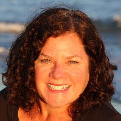 Avatar for Elizabeth McLindon Therapeutic Massage & Reiki Gloucester, MA Thumbtack
