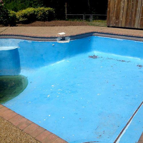 Gunite Pool in rough Shape