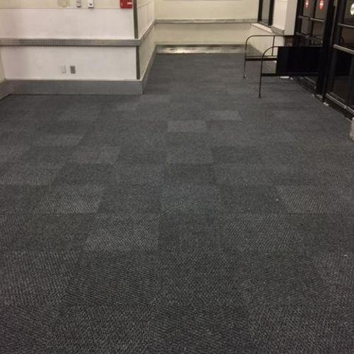 Install Carpet Tiles for Hyvee's