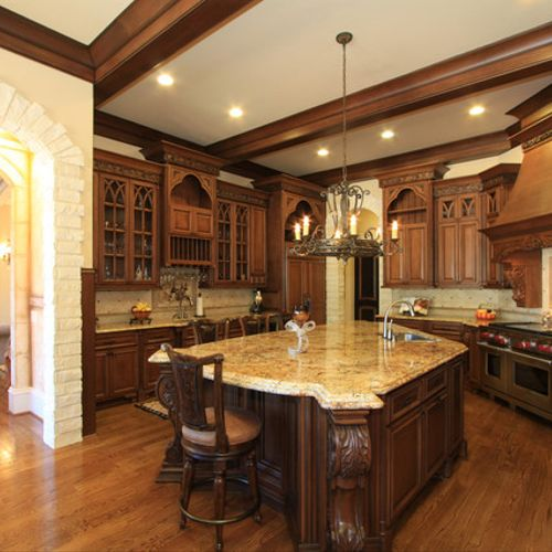 Wood kitchen with granite countertop