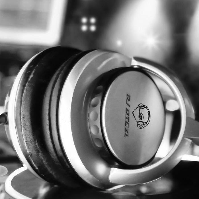 DiEZL  DJ & Lighting