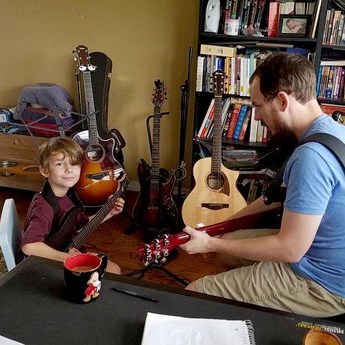 A guitar lesson with Sean (8)