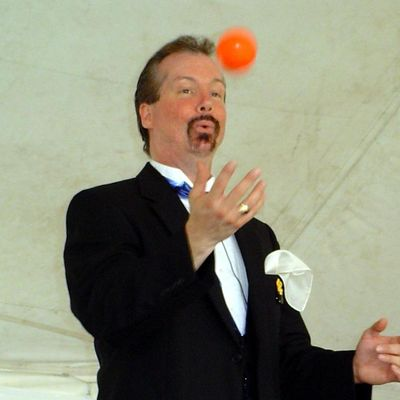 Avatar for Richie Rich Magic and Balloons / Magic by Richard Cleveland, OH Thumbtack