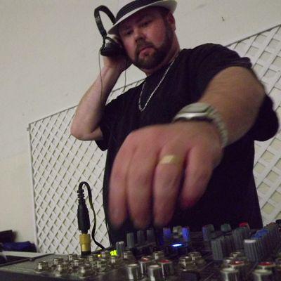 Avatar for Justa Jammin DJ Service (DJ Rep) Louisville, KY Thumbtack