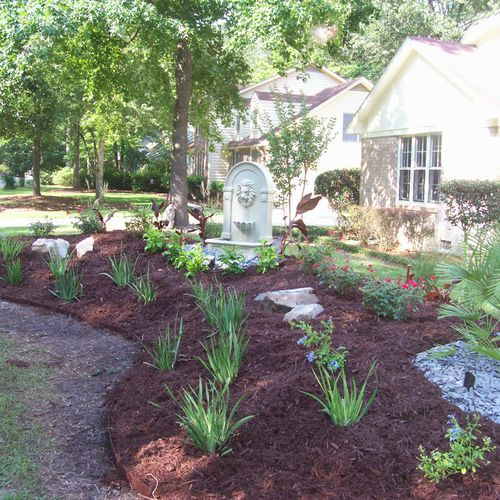 A beautiful make-over in Kings Grant subdivision. FREE DESIGN PLANS!!!