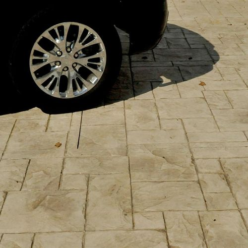 Traditional 2-color stamped concrete, adobe buff color and ashlar slate pattern