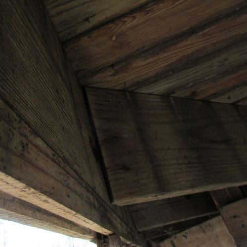 Deck joists not secured