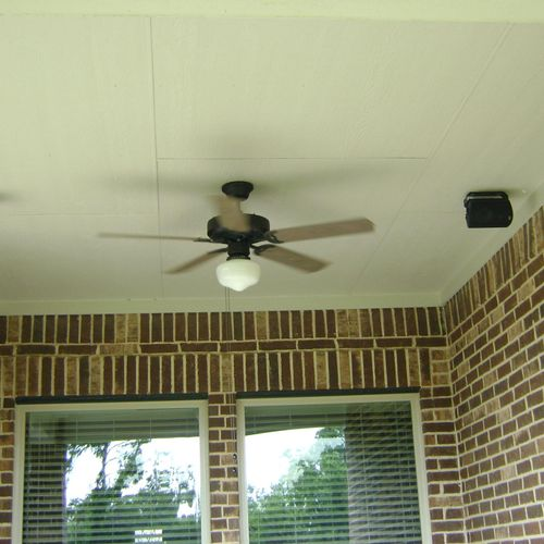 Outdoor speakers for your outdoor kitchen