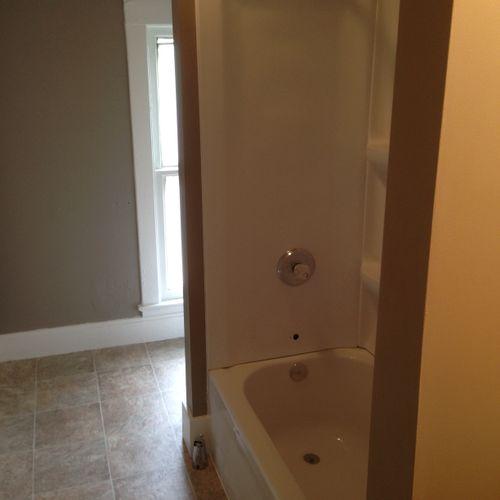Remodel. Tub,Surround,Floor, Paint