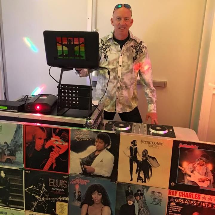 The Wright DJ