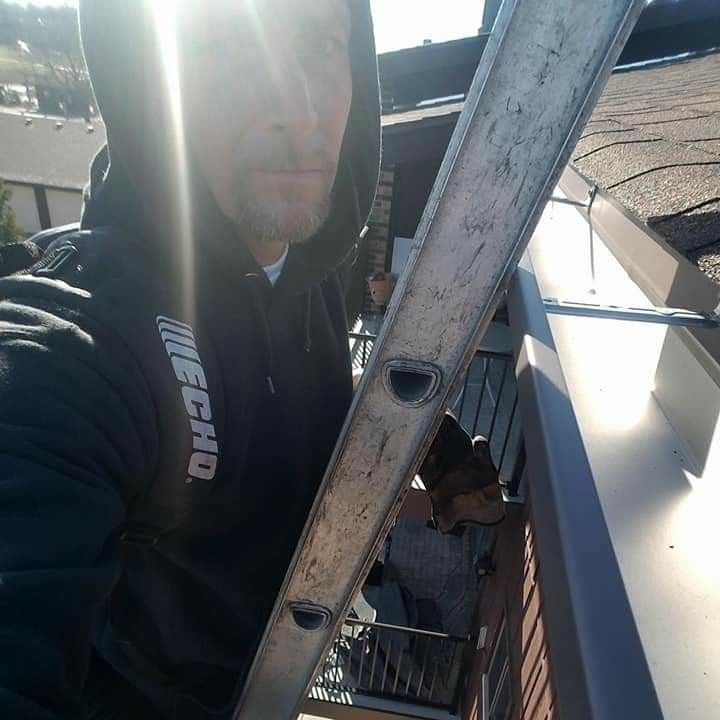Superior Gutter Cleaning and Gutter Screening