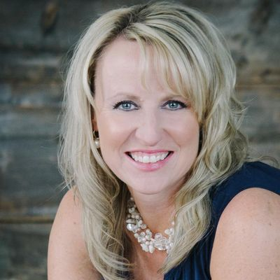 Avatar for Dream Vacations  - Angie Johnson - Franchise Owner