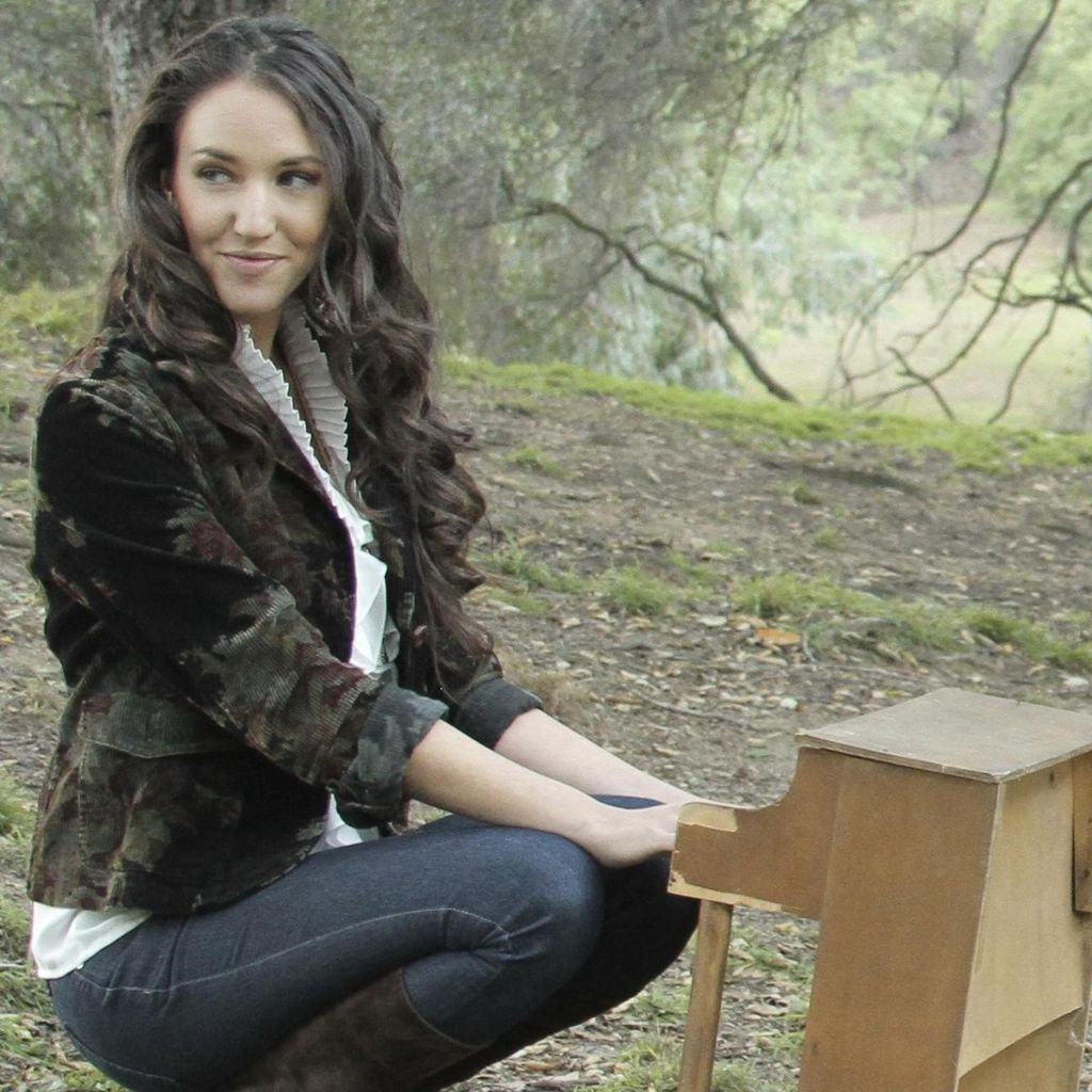 Shani Rose Music - Songwriter, Performer, Teacher