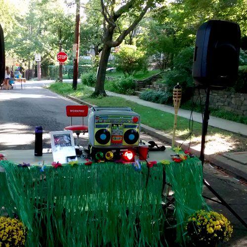 Neighborhood luau party, Washington, DC, September 2017