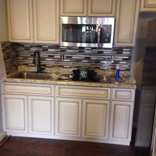 Any size project, kitchen wet bar or bathroom can be add to any house or basement