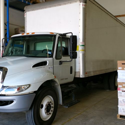 We offer 24 and 26 foot trucks.