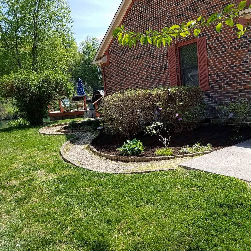 JUST-US LANDSCAPING AND MORE