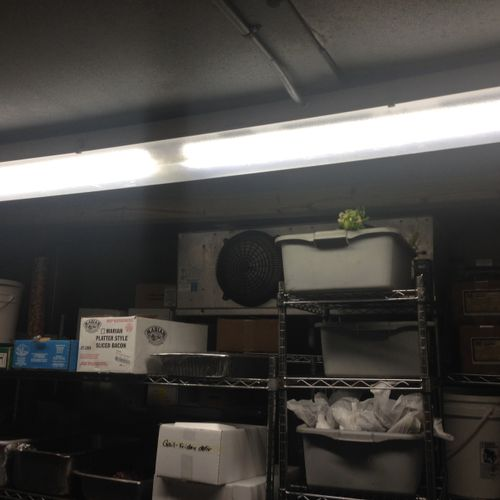 T8 LED retrofit in a walk-in cooler - January 2015