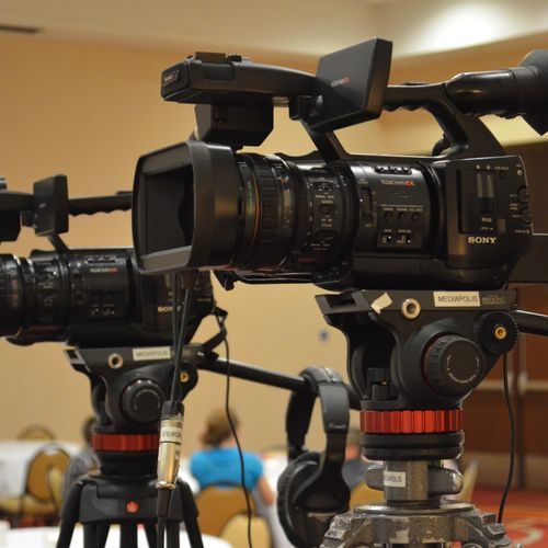 Mediapolis can live switch your event using a single camera, up to 6 cameras.