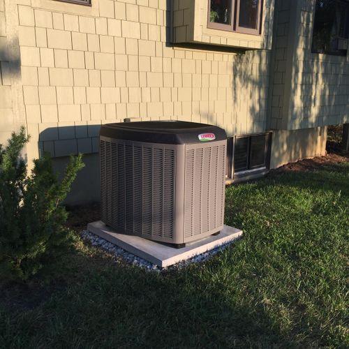 Lennox XC25 inverter air conditioner SEER 25 SEER in Bucyrus KS