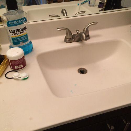Bathroom Before...Dirty Sink