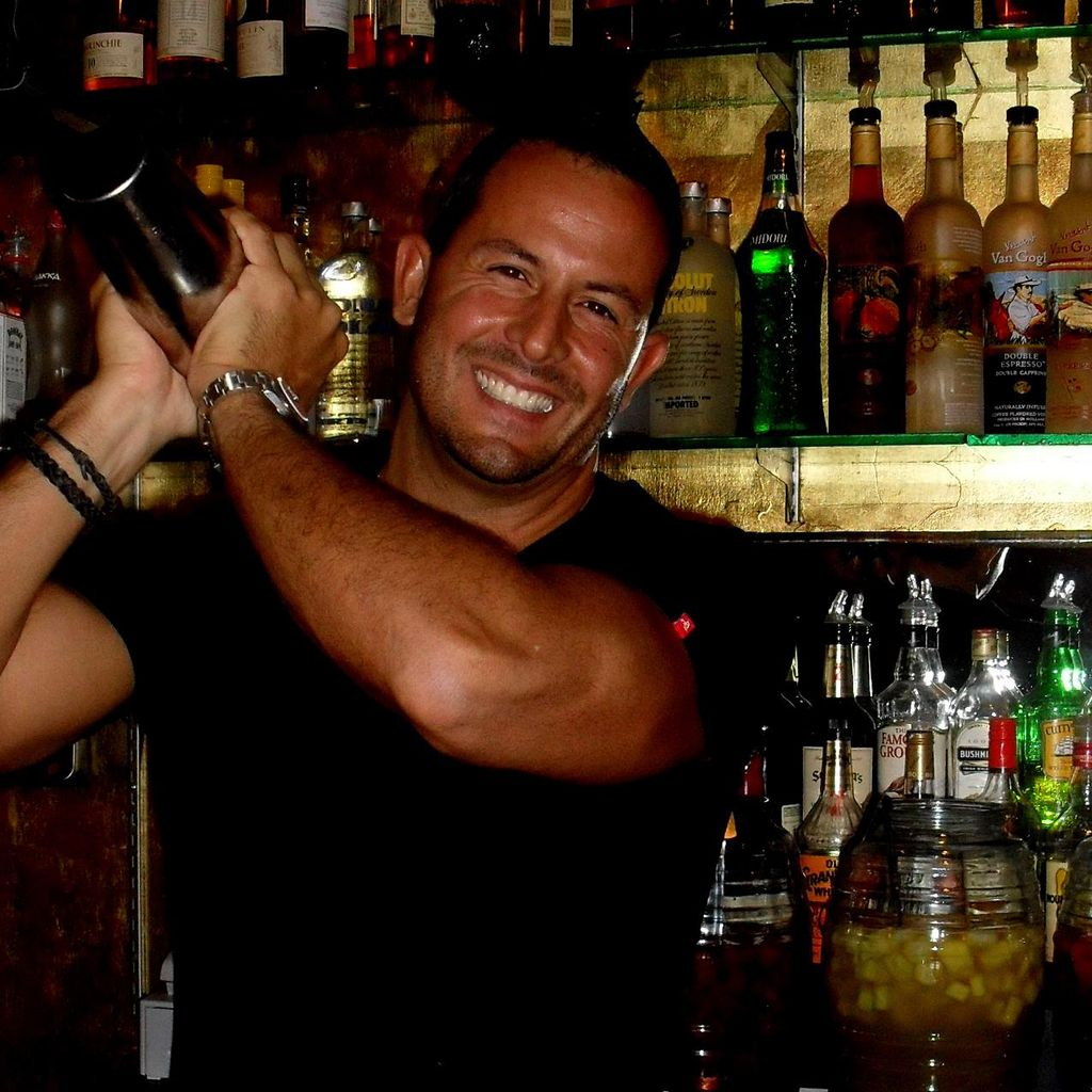 Paul Michaels Top Mixologists & Servers of SoCal