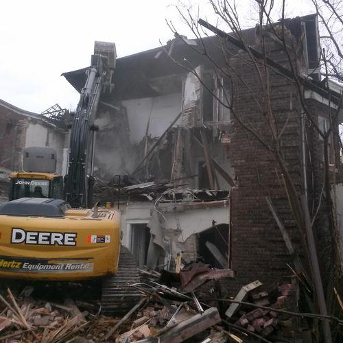 House demolition, Forest Ave