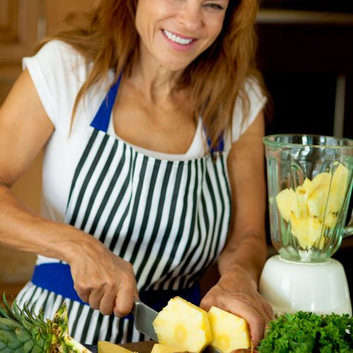 """Jayne Powers, MA, earned her Nutritional and Physical Activity for Health certification """"with distinction"""" from the University of Pittsburgh. She is noted for helping clients make over their kitchens to lead healthier lives."""