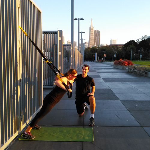 Full body training using the TRX  body weight suspension trainer.Shake off the work day while training your core ,strength and flexibility!