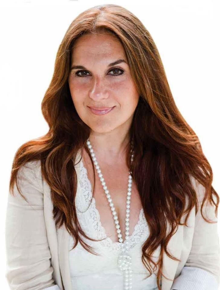Ana Valladares, Real Estate & Property Management