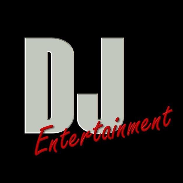 DJ Entertainment & Photo Booth