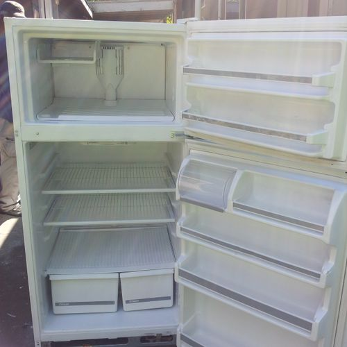 I service all models refrigerators and freezers. 24 hour emergency service available.
