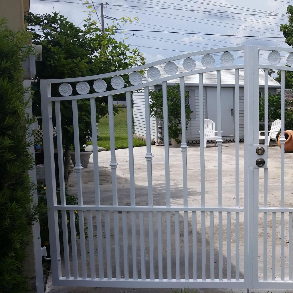 Arias Fence Inc.
