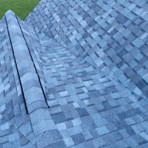 Tricky roof valleys...that's our specialty! Our factory certified installers never settle for second hand work.