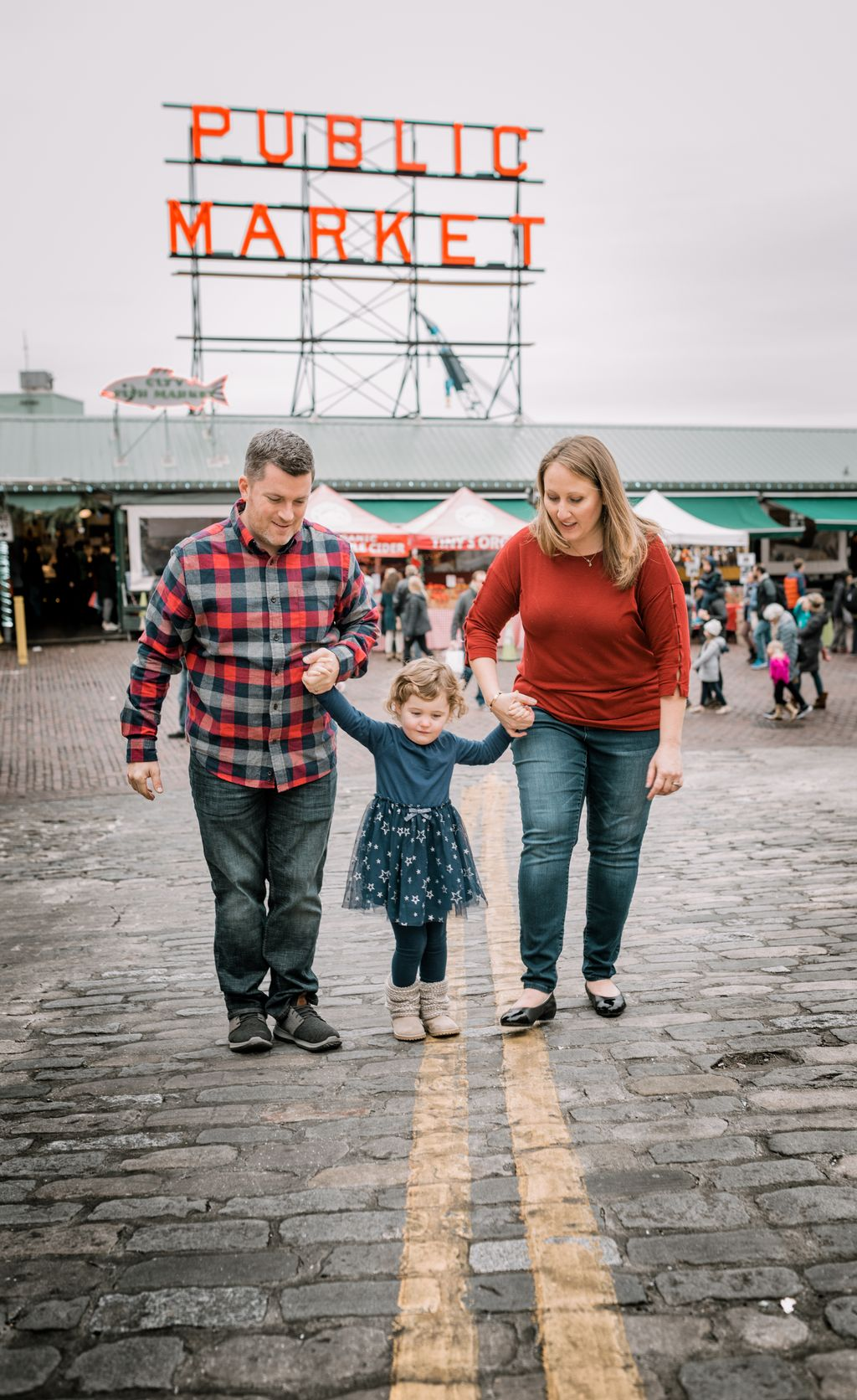 Pike's Place Family Session