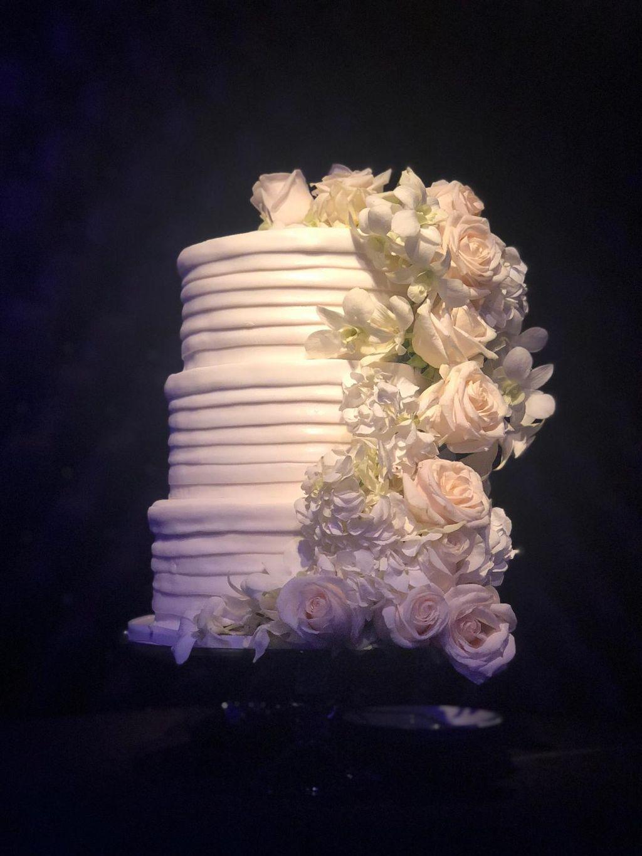 Elderflower and Champagne Cake