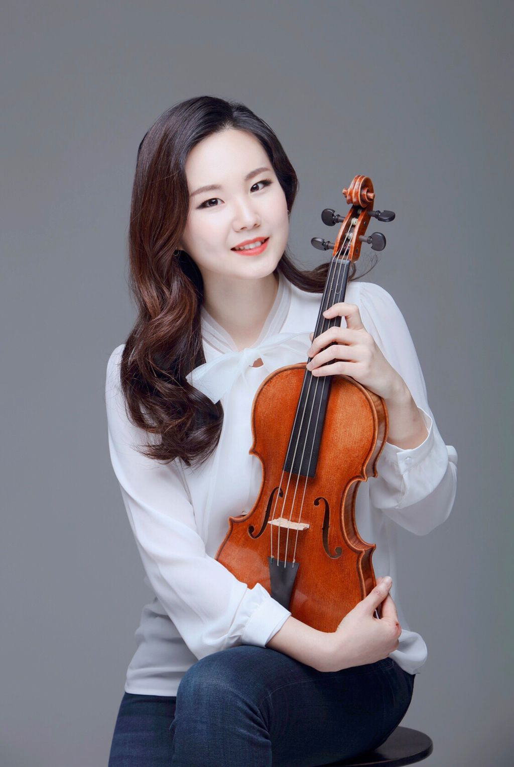 Isabelle Seula Lee