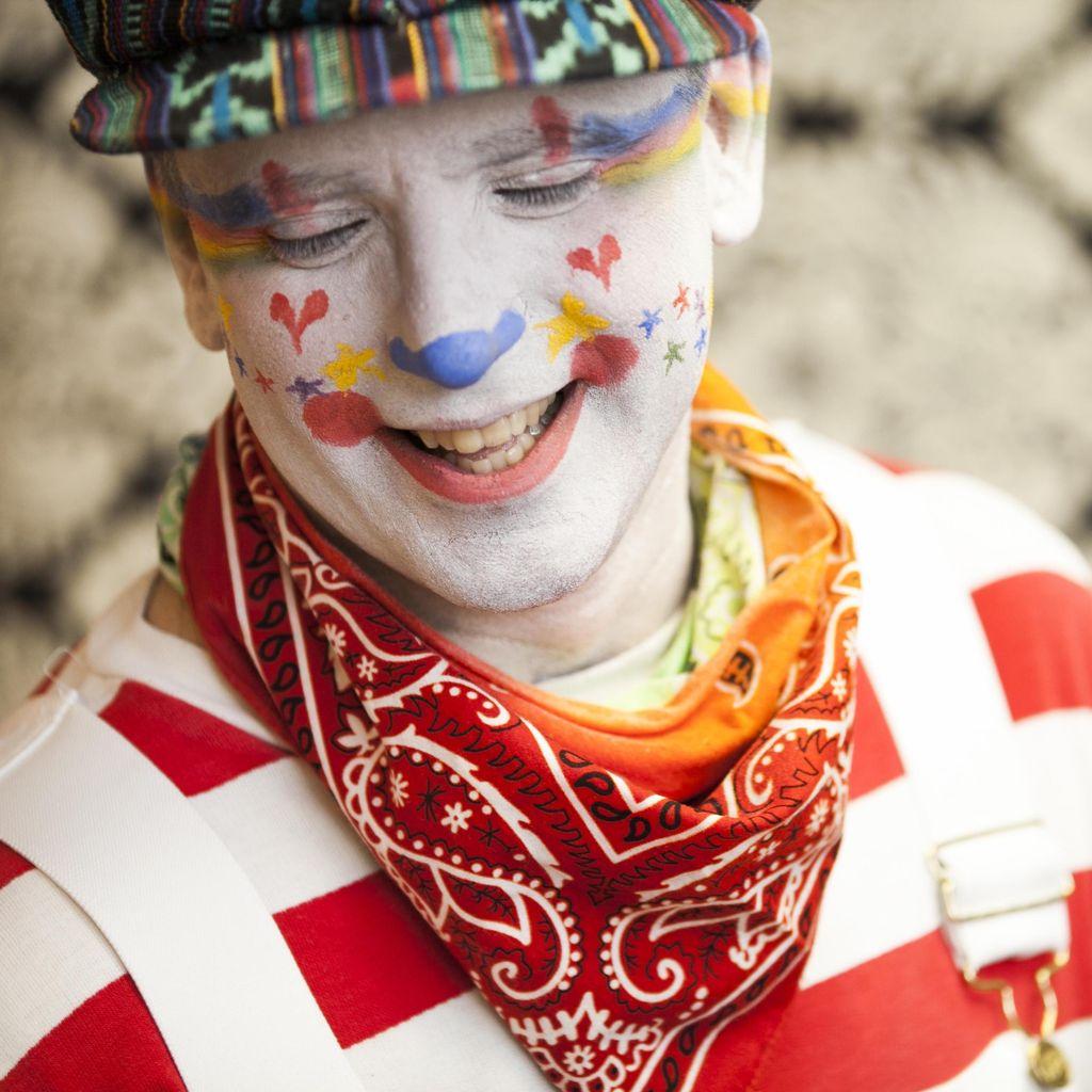 Vanilla Swirl the clown
