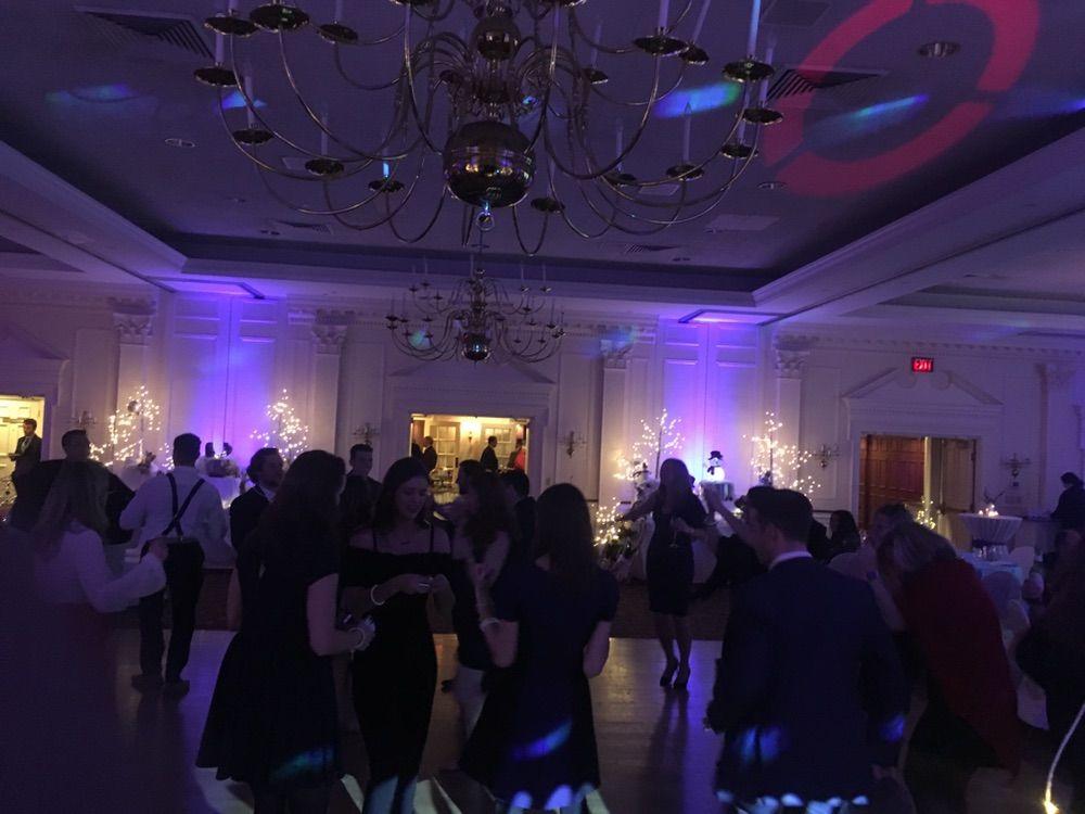 GarvoMusic.com - Wedding DJ Service