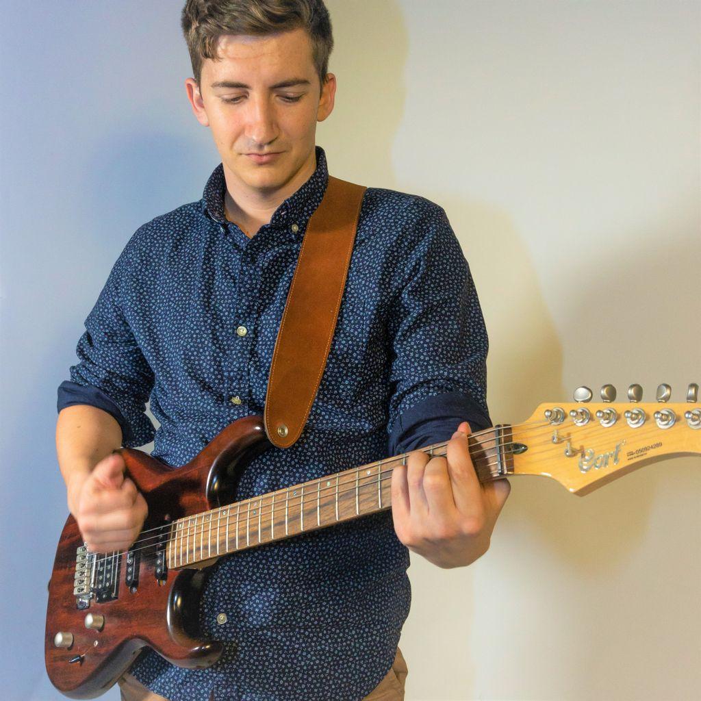 Emyrs Guitar Lessons & Studio Philadelphia
