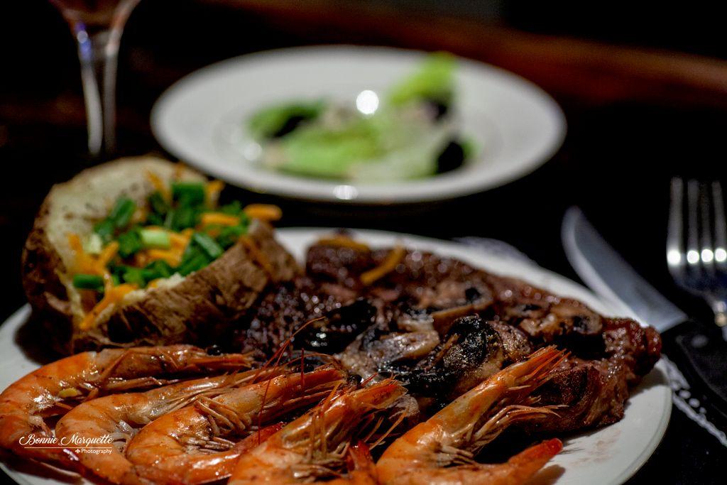 T Bone Steak with Shrimp Shoot
