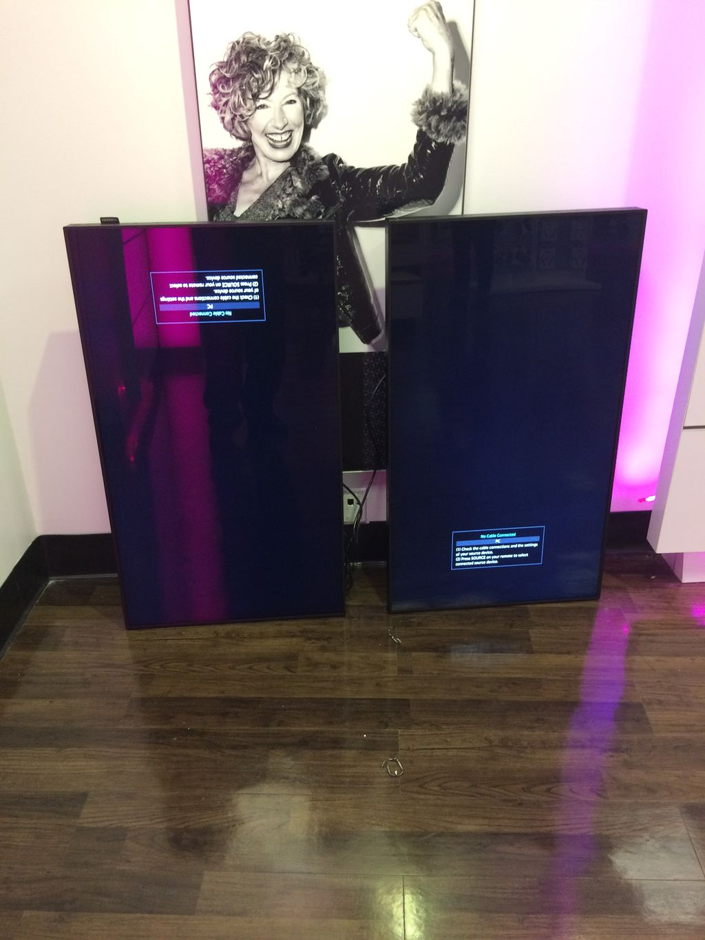 T-Mobile Display Installation