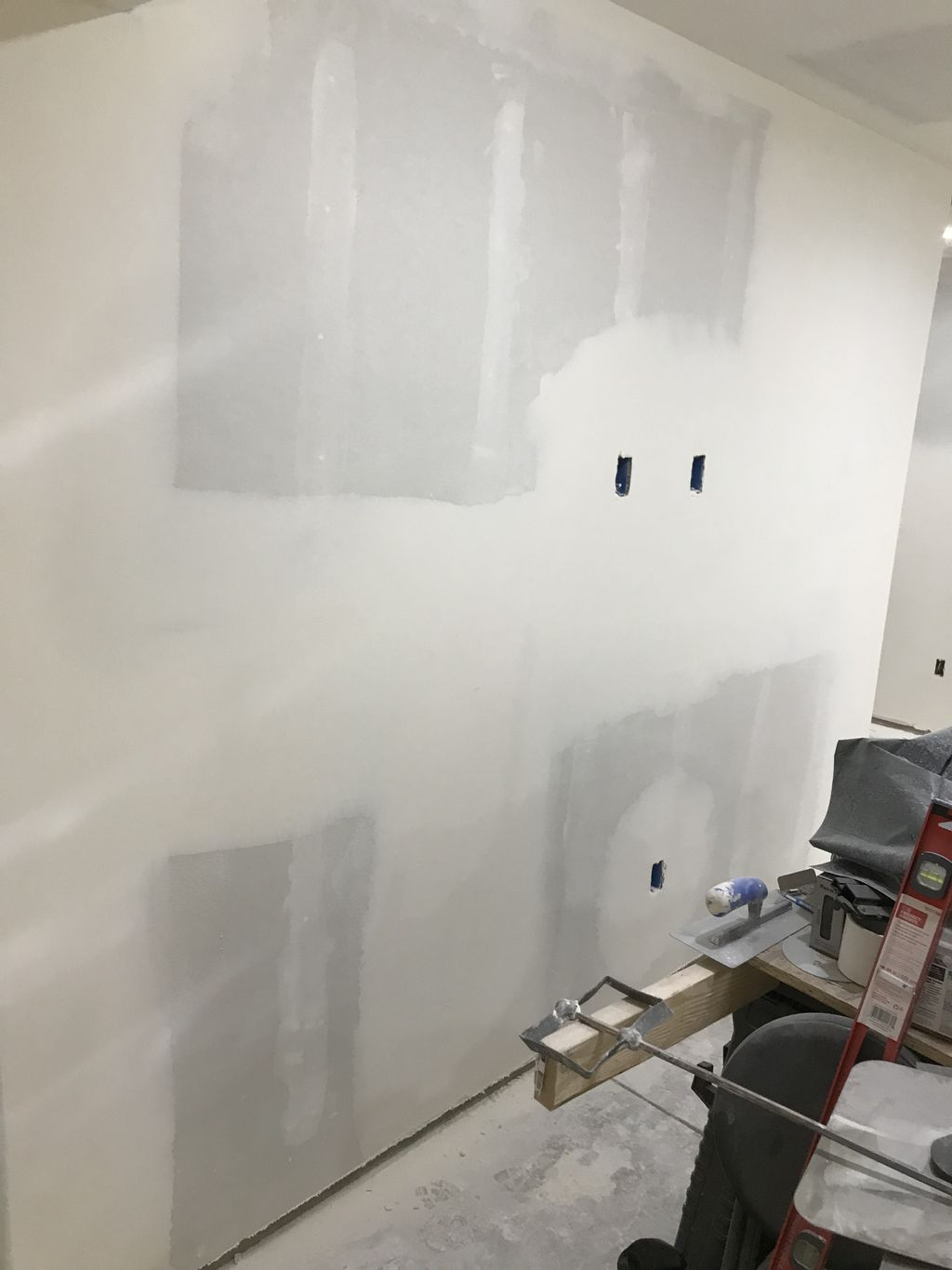 Drywall hanging and finishing level 3 knockdown