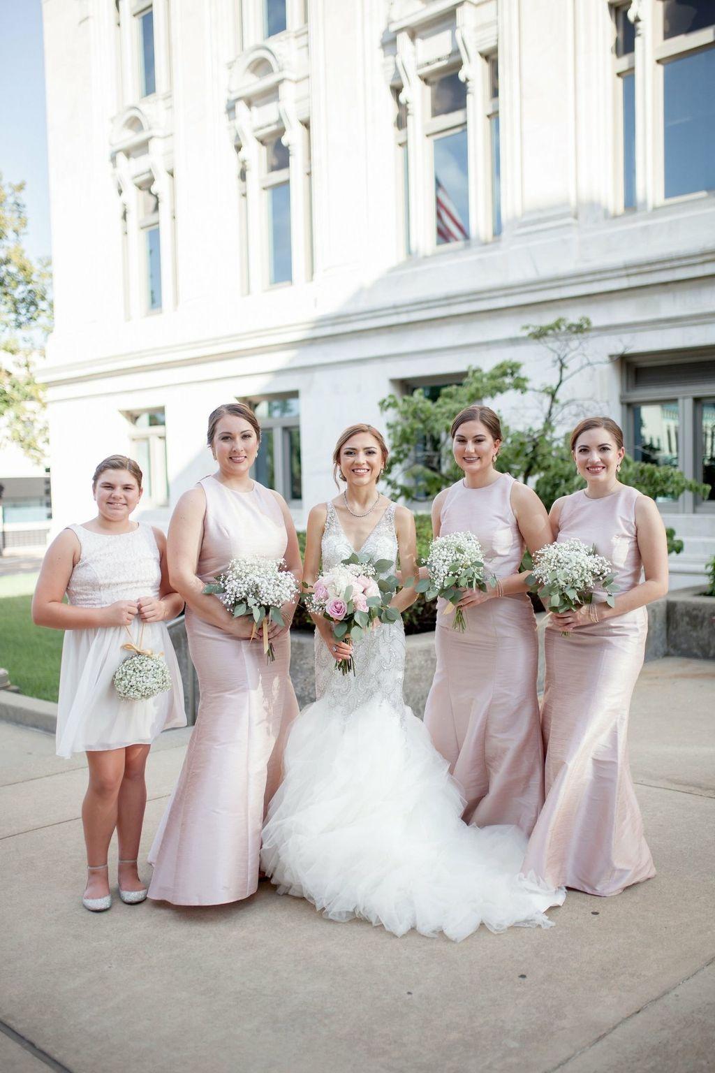 Elegant Glam Bride