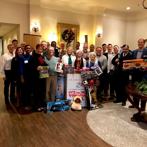 DKRentals.net supports Toys for Tots