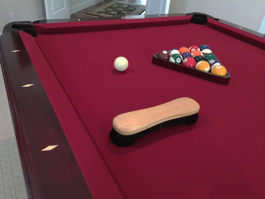 Pool table Services (recloth, moving and assembly)