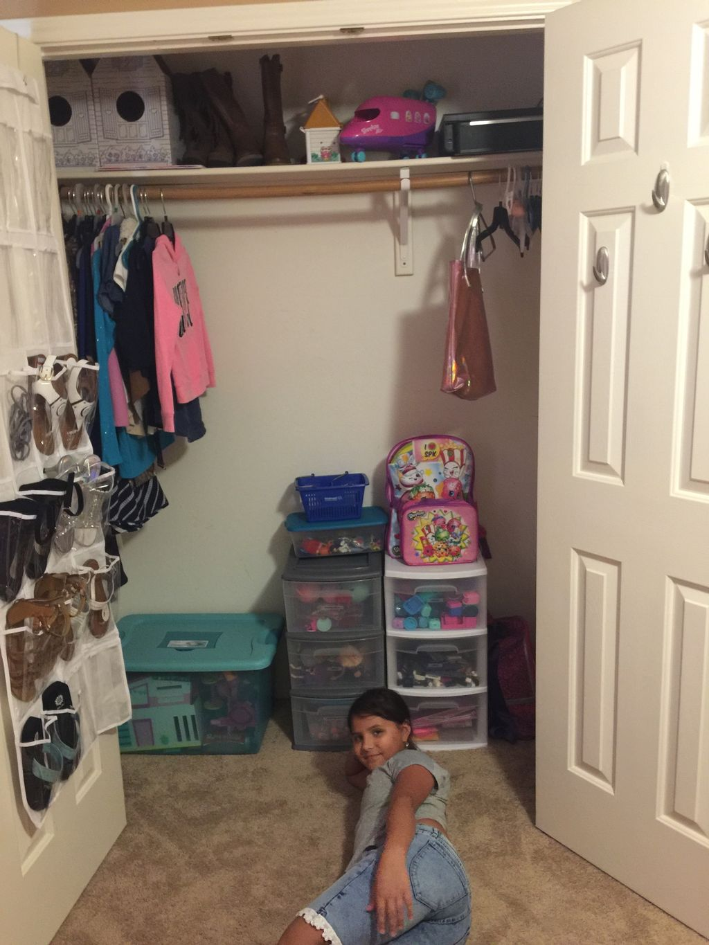 Declutter and Organizing Young Girls Room