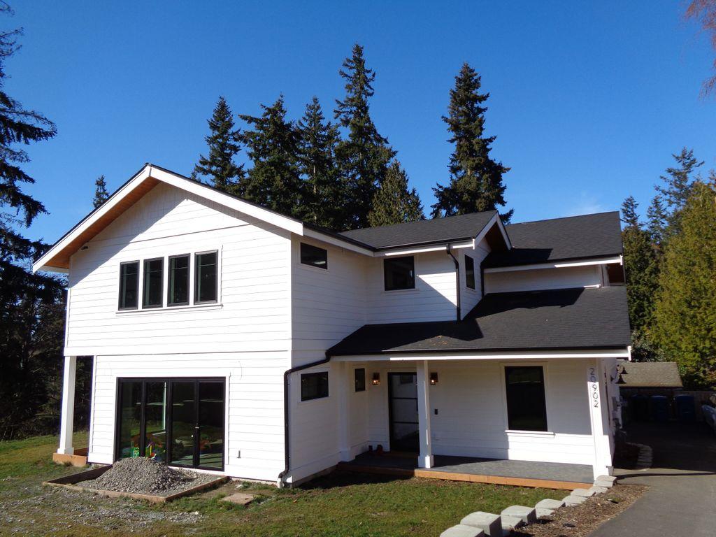 Edmonds new residence