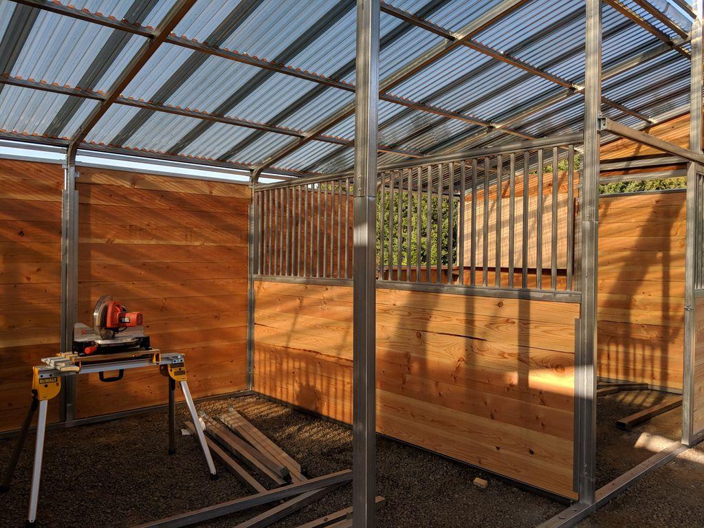 Build 6 stall horse barn